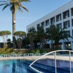 Отель Royal Garden 4*
